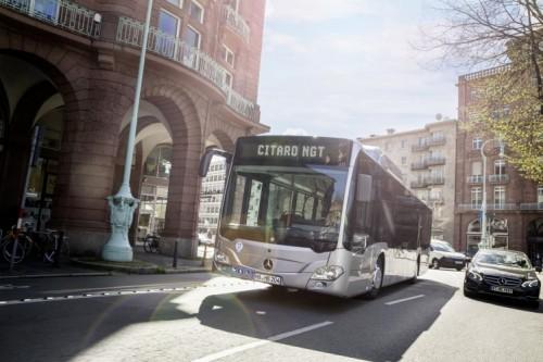 Le bus GNV de DAIMLER, le Citaro NGT, arrive sur les chaînes de l'usine française du constructeur à Ligny-en-Barrois