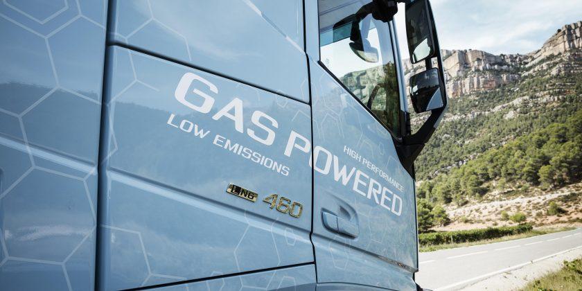 Volvo Trucks France exposant du 15e forum des Collectivités Territoriales et des Travaux Publics le 4 juin 2019 au circuit de Montlhéry.